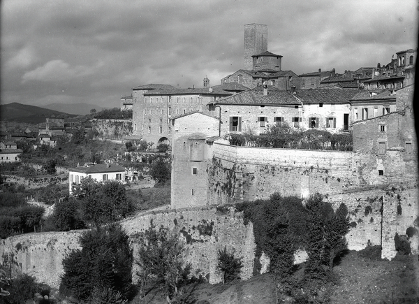 [Perugia (Italy), panoramic view, North of the city]