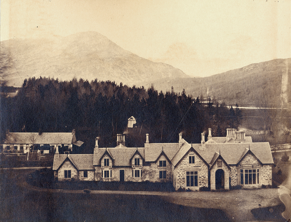 [Aberdeenshire (Scotland), view of Scatwell House]